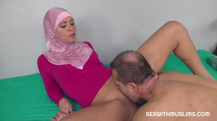 Sex With Muslims – Kathy Anderson CZECH