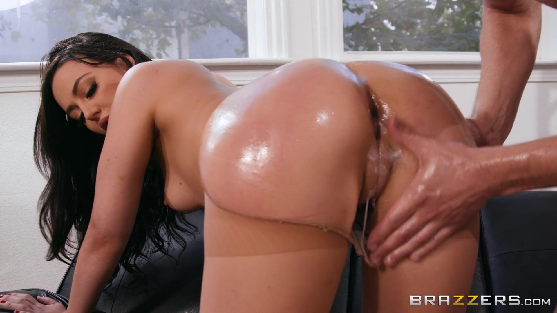 Big Butts Like It Big – Whitney Wright Dirty Loads